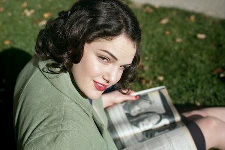 Elizabeth Raiss as a 1940s Teenager.