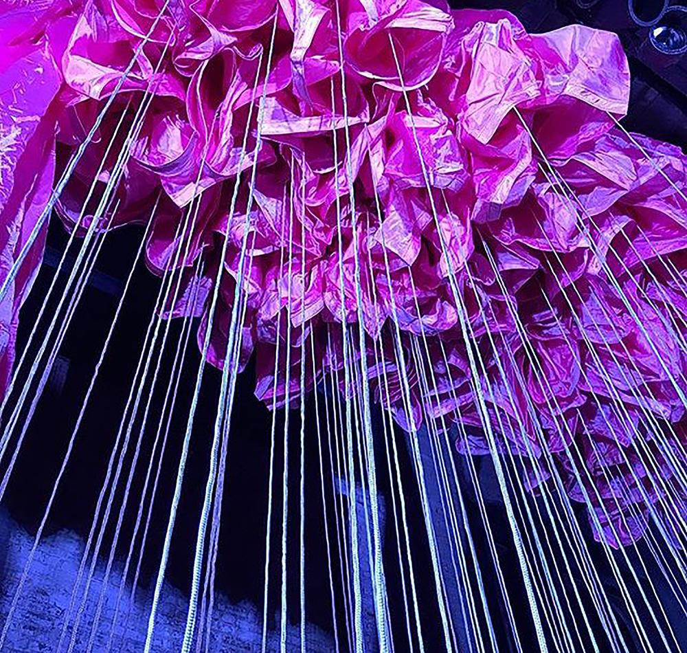 Marianne Vitale parachutes by Duncan Rich